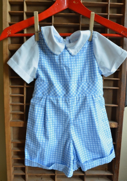 vintage-baby-clothes-blue-white-gingham-Parsimonia